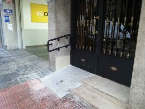 Adaptación acceso portal en Bilbao