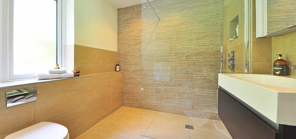 Reforma de baños para personas con movilidad reducida