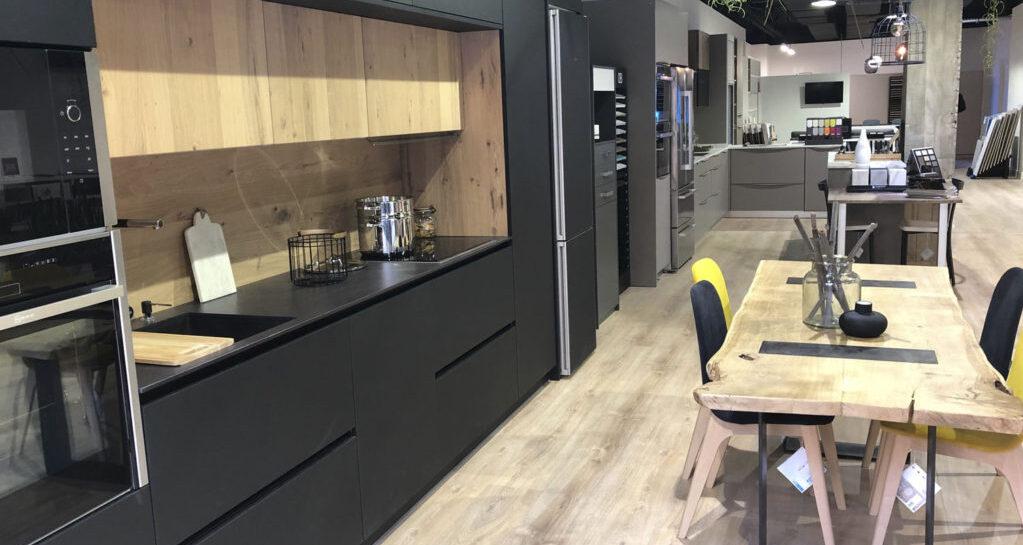 Probiak abre de nuevo sus oficinas y showroom en el centro de Bilbao