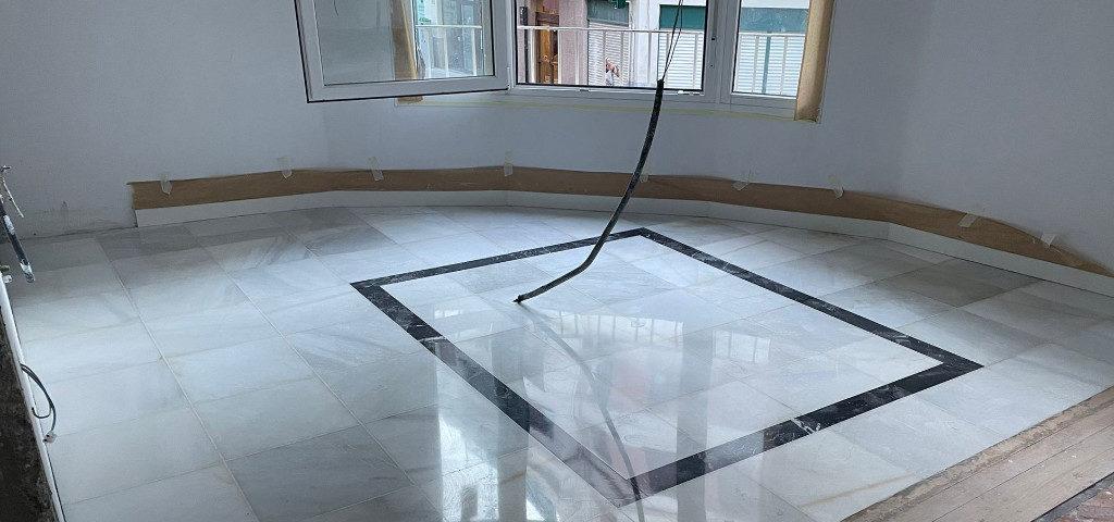 Recuperación y restauración de pavimento de mármol en Bilbao